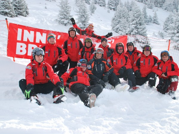 Echipa monitori ski & snowboard Smiley Sport Club