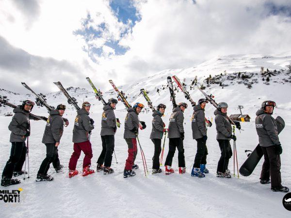 Echipa monitori ski & snowboard Smiley Sport Club
