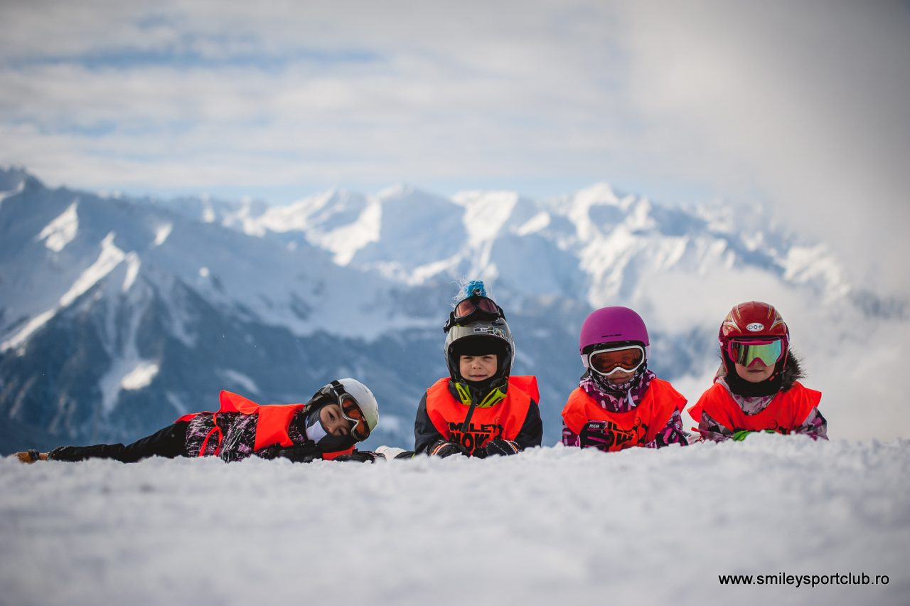 Tabere de Ski .... Vacante la ski .... vino la ski cu Smiley Sport Club!!!